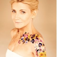 New behind the scenes video from Michelle Collins photoshoot